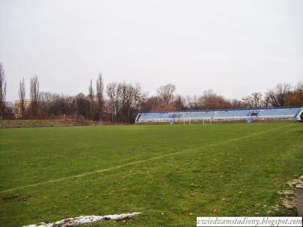 Olimpia Warszawa widok na murawę