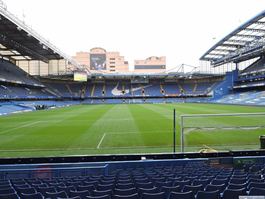 widok natrybunę północną stadionu Chelsea Londyn