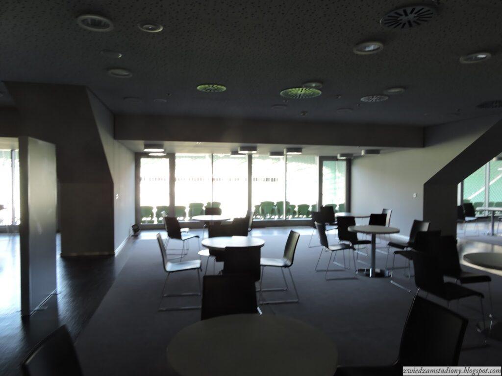 biznes lounge nastadionie weWrocławiu
