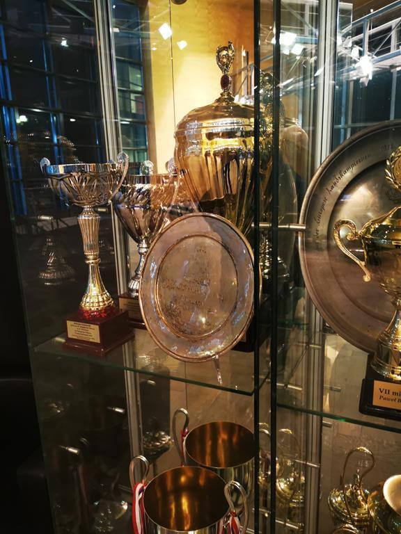 gablota w galerii trofeów