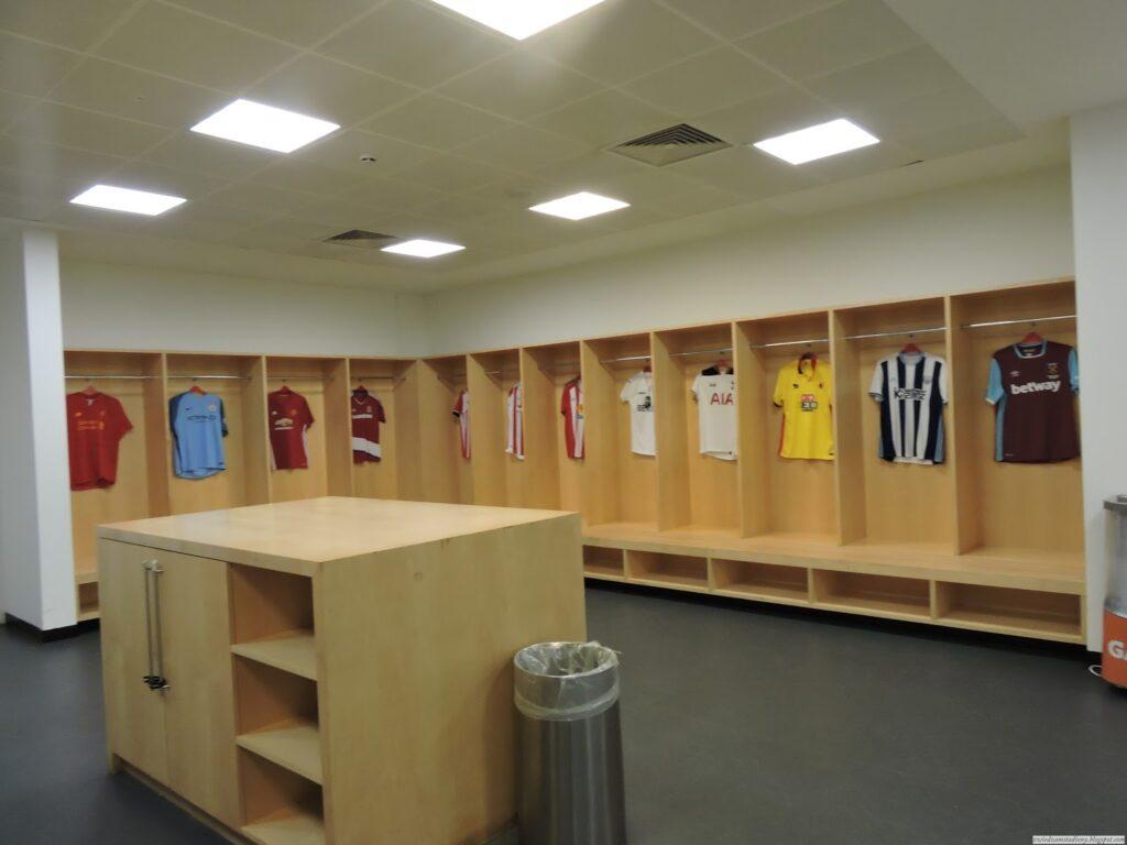 szatnia na stadionie Emirates Stadium