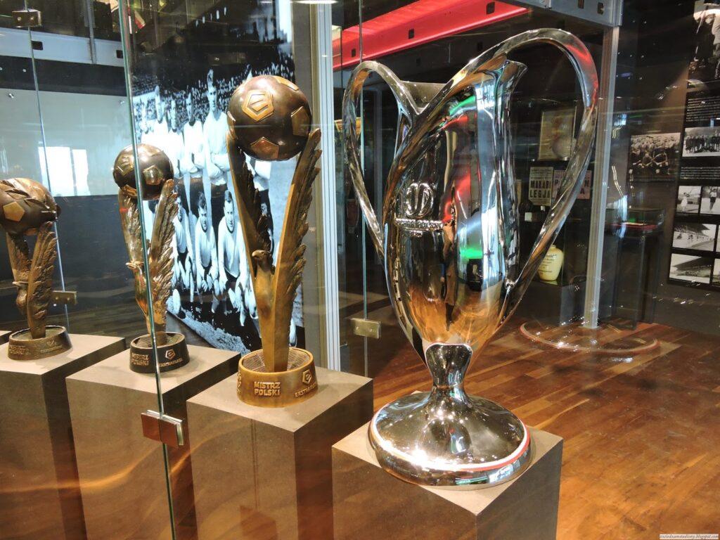galeria trofeów Legii Warszawa w muzeum