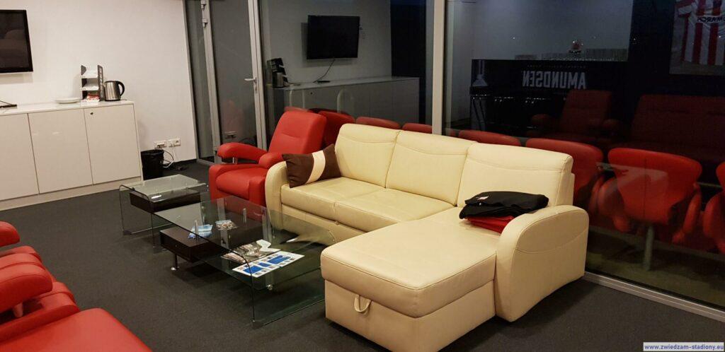 wyposażenie loży VIP