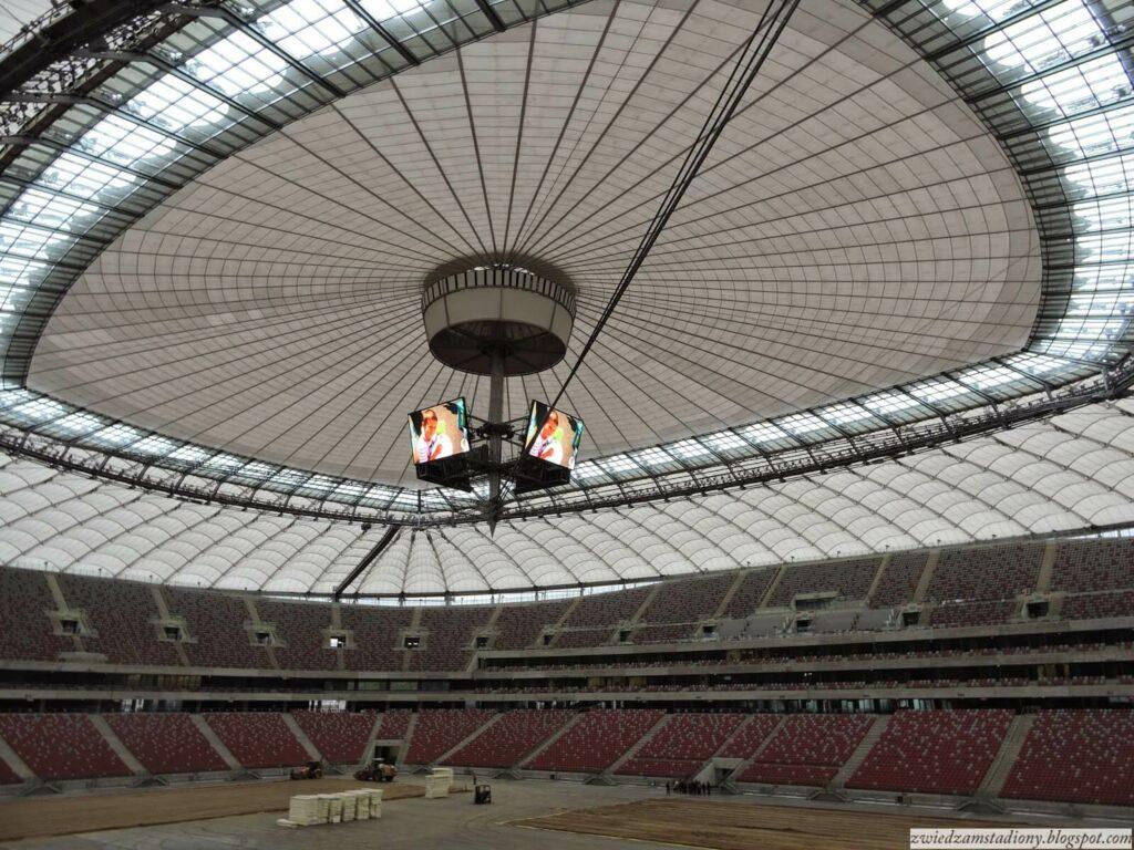 dach stadionu narodowego w Warszawie