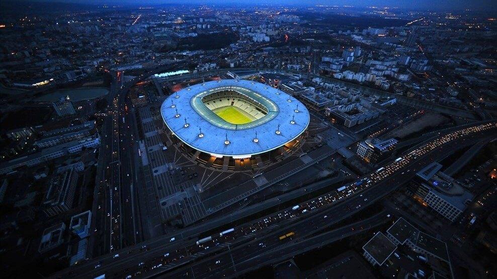 stadion Stade France nocą