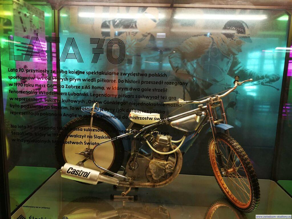 motocykl żużlowy wmuzeum nastadionie śląskim