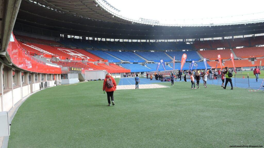 trybuny stadionu Ernsta Happela