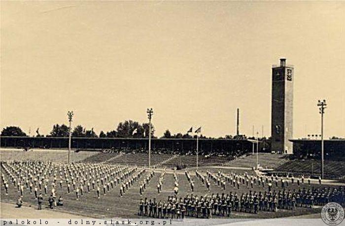 niemieckie święto sportu na stadionie we Wrocławiu w 1938 roku