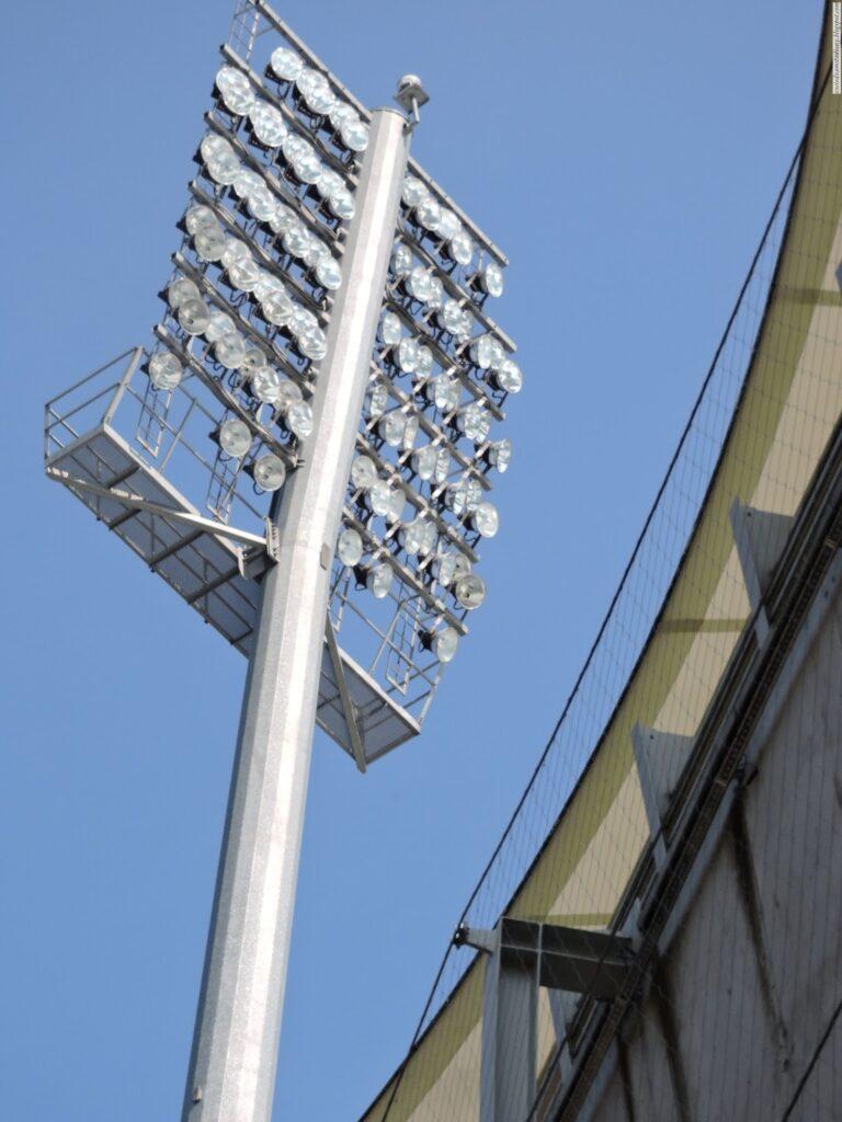 Oświetlenie stadionu Arki Gdynia