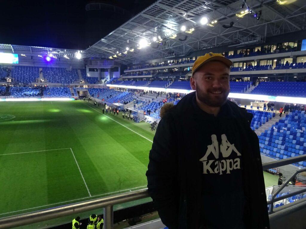 polak na stadionach w Emiratach Arabskich