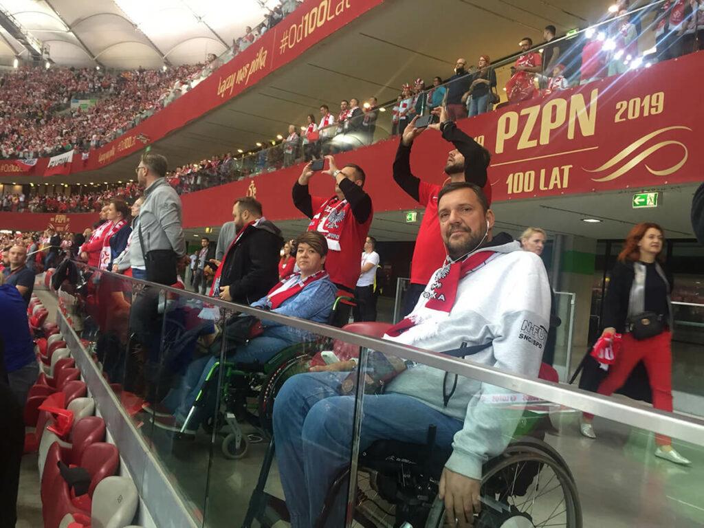 kibice KKN na Stadionie Narodowym