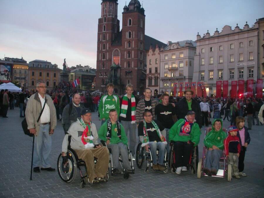 kibice KKN na meczu Śląska Wrocław z Wisłą Kraków