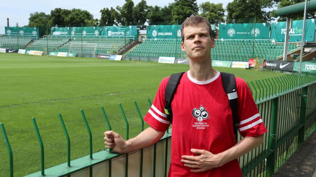 autor bloga na stadionie Warty Poznań