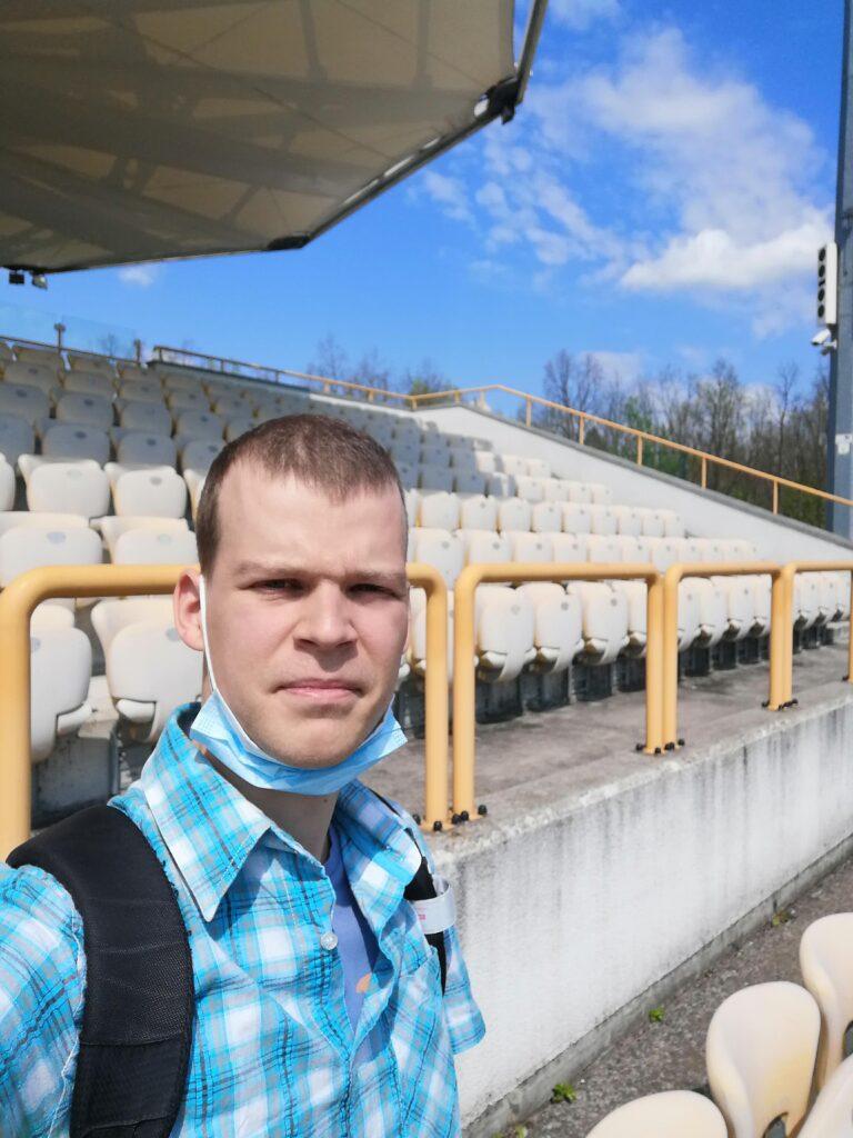 autor bloga na stadionie victorii sulejówek