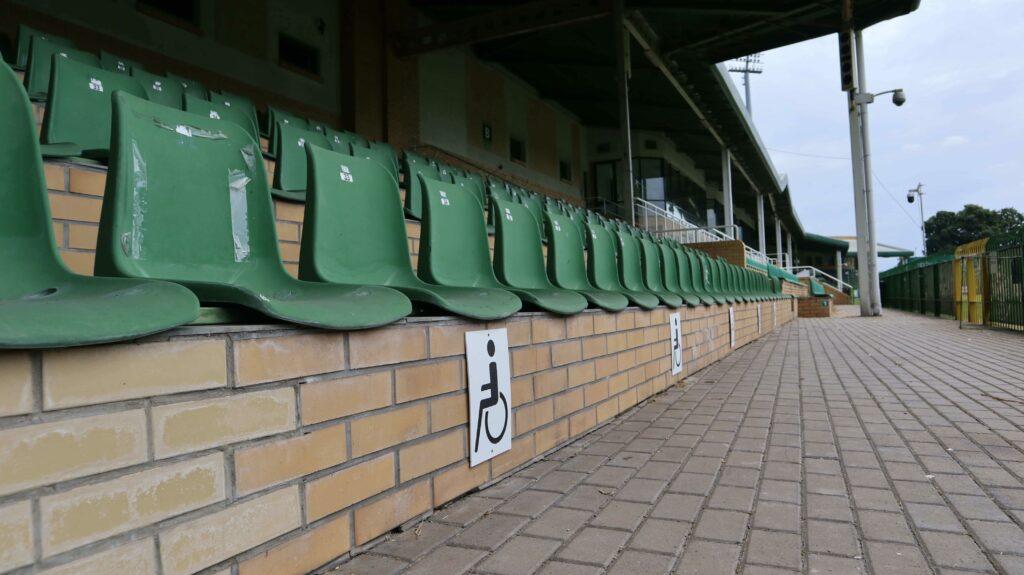 miejsca dla niepełnosprawnych na stadionie w Grodzisku